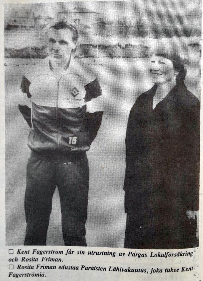 Året är 1987. Kent Fagerström hade den säsongen Lokalförsäkringen som personlig sponsor. Här tillsammans med vd Rosita Friman. Foto: PK-arkiv